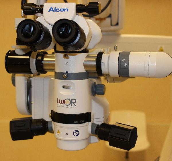 Microscop de operare LuxOR LX3